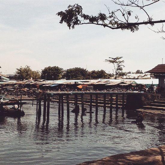 Revitalisasi. Pasarbersehati Manado Sulawesiselatan
