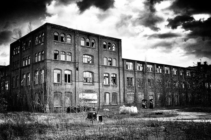 Monochrome Architecture_bw Black & White Eye4photography  Old Buildings Myfuckingberlin Abandoned Berliner Ansichten Rottenplaces Spindlersfeld