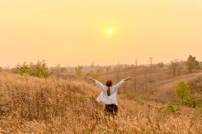 hi morning. Smiling Relaxing Happy Travel Yellow Landscape Outdoors Day Morning Hi Flower Glass Land Field Landscape Human Arm Nature Sky Environment Sunset Outdoors Rural Scene Plant Women