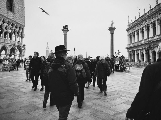 Visual Witness The Street Photographer - 2016 EyeEm Awards People Watching Hipstamatic Shootermag Showcase: May Streetphotography ShotoniPhone6s Hipstography My Own Style Of Beauty EyeEm Traveling Around_the_world EyeEm In Venice Blackandwhite Let's Go. Together.