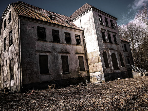 #abandoned  #abandonedhouse #horror #lonelyplanet #mystery #nopeople #orphan #orphanage #urban #urbanexploration