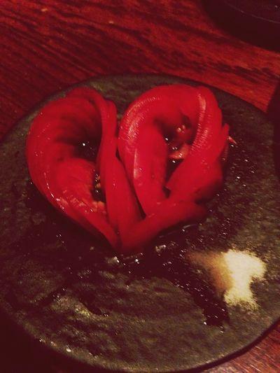 ひさびさ黒桃。トマトがハート♡