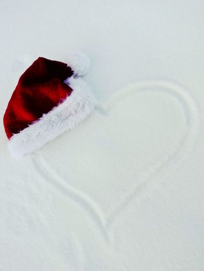 Have a lovely Christmas time 🎄 🎉 ⛄ Christmastime Christmas Time Christmas Decorations Santaclaus Snow Snow ❄ Snowing Heart Heartshape Heart ❤ Romantic Cute Love Love ♥