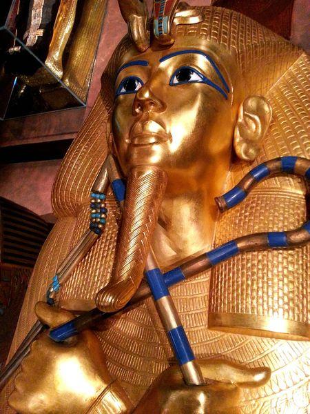 Egypt Egyptian Museum Pharaoh Pharaohs Pharahos Statue Tutankhamun Tutankhamon Exhibit Tutanchamun Gold From My Point Of View No People Golden Statue