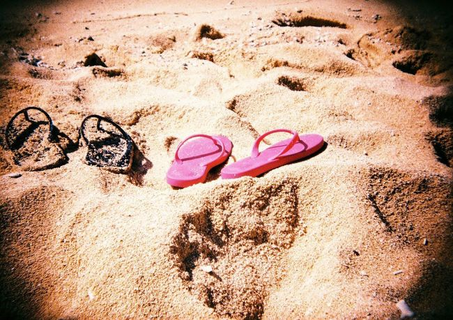 EyeEm Selects Sand Beach Flip-flop Pink Color Sunglasses Pair Sunlight Summer Day Things That Go Together Outdoors No People Nature Sand Pail And Shovel Sandals Lovers Okinawa Japan Japan Photography Holga Toycamera Film Film Photography