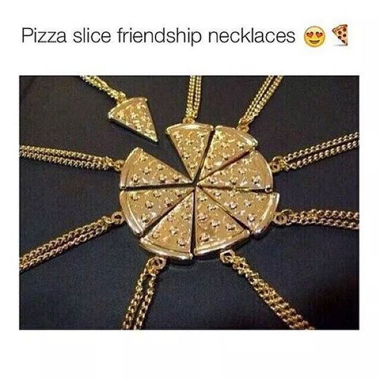 I want this. Pizza Necklace Foodphotography Spotted