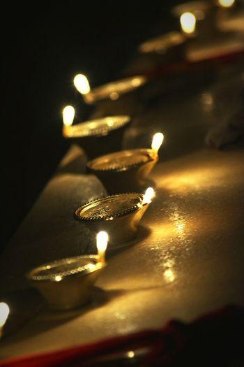 Diwali diya!! Diya lights at Diwali night Indian festival Diwalicelebrations Diwali💟🎇🎆🌌 Diwali 2015 Happy Diwali Creative Light And Shadow Open Edit Eye4photography  Indian Culture  Indian Celebration 🎉 Routine Life Miracle Enjoying The View