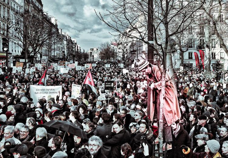 Attentat Celebration City Life Large Group Of People Manifestation Outdoors Où Est Charlie ? Paris Real People Street The Photojournalist - 2017 EyeEm Awards