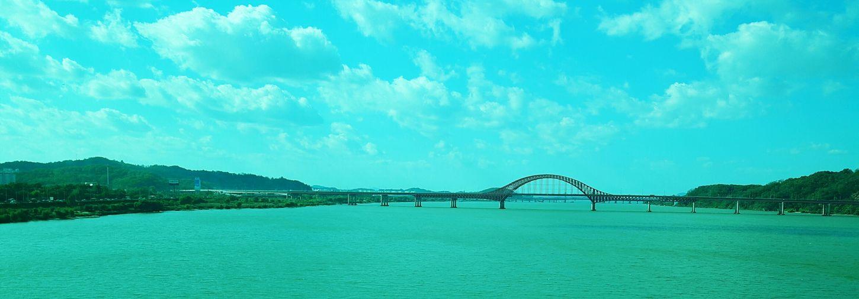 Autumn of Hanriver in Korea (Under way to Myanmar)