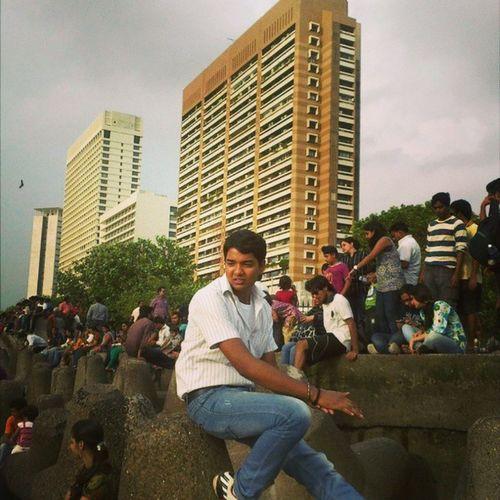 Fun Fashion Friends Followme Hotel Trident Narimanpoint Mumbai Water Wite Yellow Wite Office Work Masti