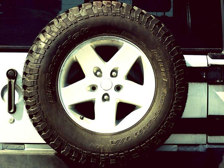 Tire Metal PerspectiveNo People The Week On Eyem The Week Of Eyeem EyeEmNewHere Day Tires Tireshop Tires Truck Jeep Jeep Cherokee