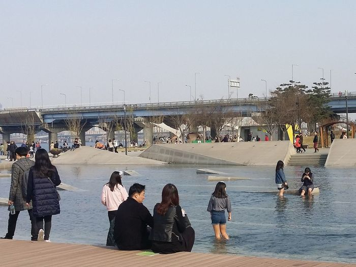 Streetphotography Yeouido Hangang Park Yeouido Hangang Park Seoul Southkorea Seoulspring2017 Waterfeature