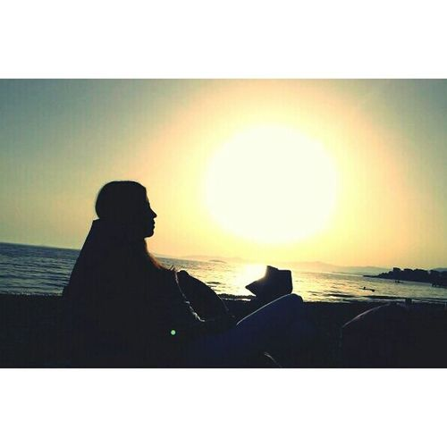 Sunshine Sea Side Relaxing