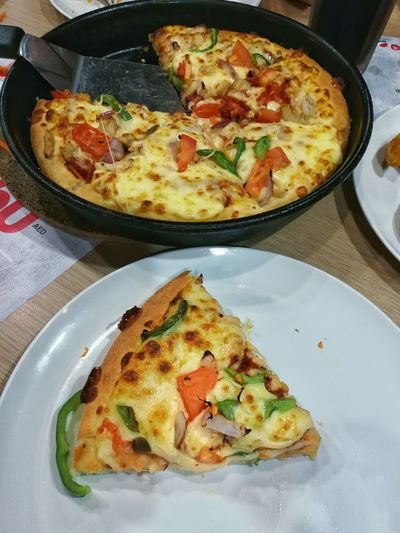 Pizza Slice Pizza Time Pizzalover Pizza🍕 Pizzahut Pizzalover🍕🍕🍕 Good Food Good Mood Good Food Dinner Time Dinner Outing Food Food And Drink Ready-to-eat Egg Freshness No People Meal