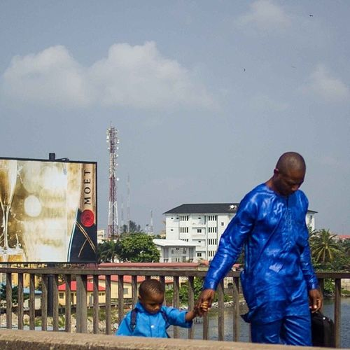 Have a wonderful Monday my friends! Lagos Nigeria Lagosnigeria Mondaymorningblues snapitoga streetphotography Africa