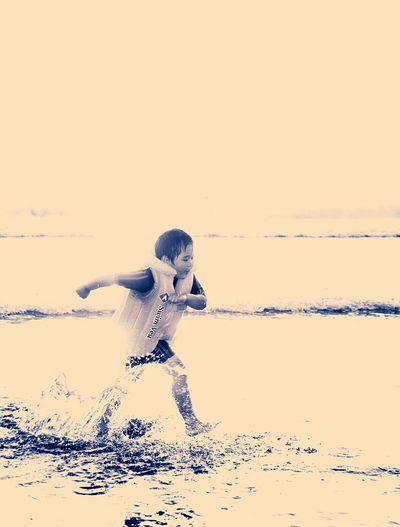 Pangandaran Kids Beach Running