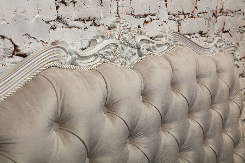 White beige capitone tufted textile bed headboard Bed Bedroom Capitone Chesterfield Close-up Design Detail Fabric Geometry Interior Interior Decorating Interior Design Interior Style Luxury Pattern Premium Retro Retro Styled Rich Sofa Textil Textile Textile Design Textile Industry Texture