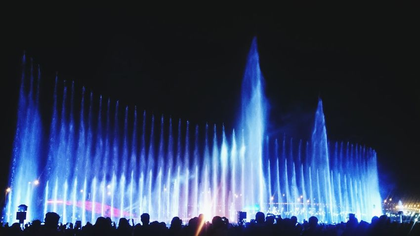 💦 wall Fountain New Year Celebration Night Illuminated Arts Culture And Entertainment Fun Large Group Of People Nightlife Celebration Enjoyment Crowd Togetherness Outdoors People