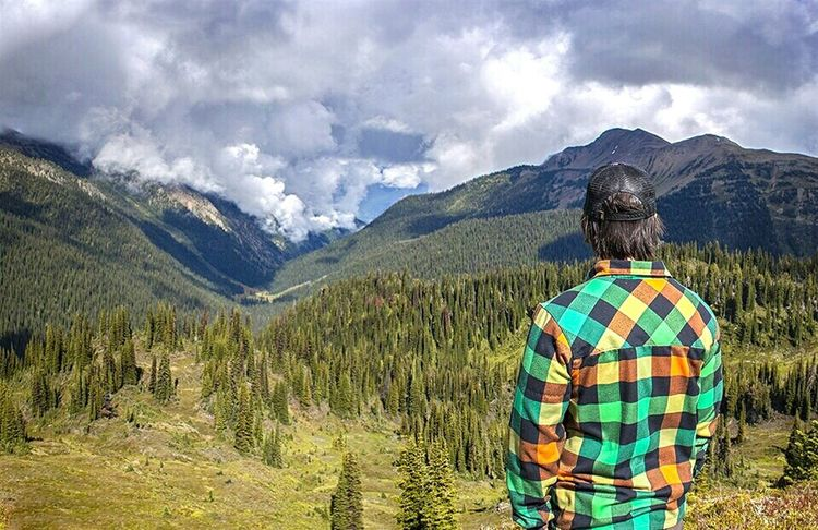 Cloudscapes meet landscapes. Cloudporn Cloudscape Mountain Scenics Tranquil Scene Sky Beauty In Nature Casual Clothing Mountain Range Cloud - Sky Non-urban Scene Cloudy Remote Outdoors People And Places British Columbia Pacific Northwest  Nature Hiking Adventures Beauty In Nature Landscape_photography Canadaswonderland Pacific Northwest Beauty Colour Of Life Hiking View Finding New Frontiers Lost In The Landscape