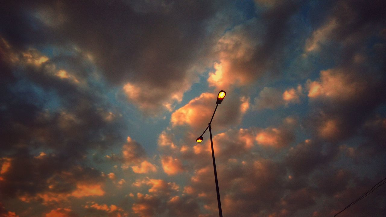 A lamppost light. 💡 Beauty In Nature Nature Sunset Sky Outdoors Day No People EyeEmNewHere HDR Collection Eyeemvision Clouds And Sky Cloudscape Lamp Post Lamps And Lights. Landscape_Collection Cityscape Snapseed Editing  Our Best Pics Landscape_photography Picoftheday Scenics Lampost Monday Landscape_captures Adapted To The City