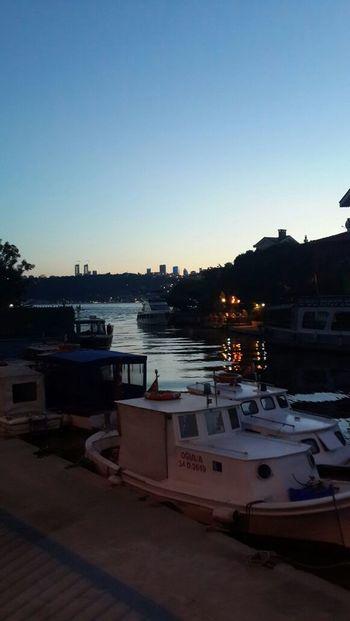 Bosphorus Goksu Istanbul Sailing Boat Sunset Sunset In Istanbul