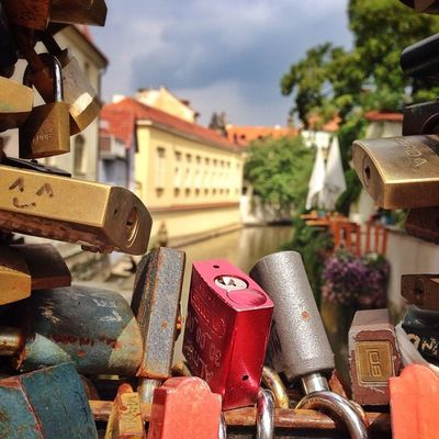 Love locks in #Prague ☀️☀️ #allshots_ #czech #lovelockdown #gang_family #iccity #igerscz #igers_cz #ic_cities #o2travel #summer #top_masters #oldtown Igers_cz Igerscz Summer Iccity Prague Oldtown Czech Gang_family Lovelockdown Allshots_ Ic_cities O2travel Top_masters From_city