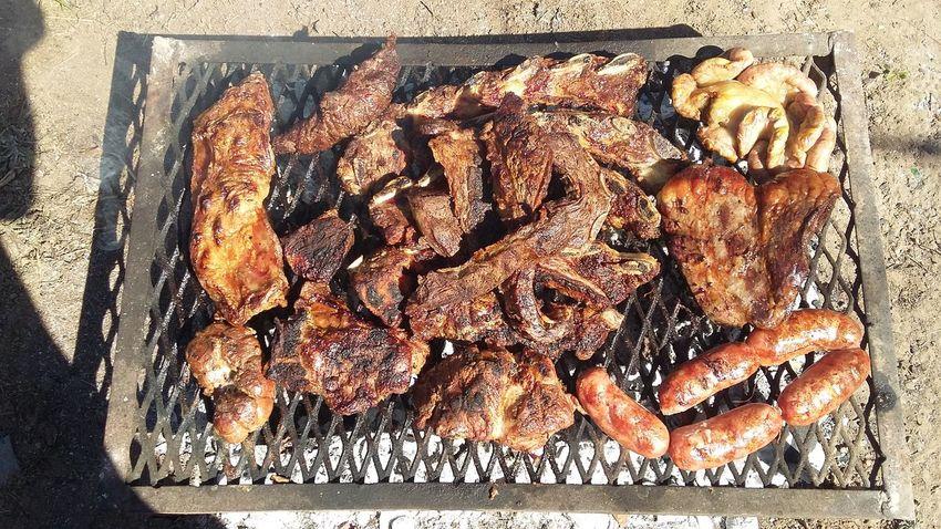 ASADO DE CARNE ARGENTINA, EN TARTAGAL SALTA. MEAT ON GRILL BRUSHES CARNE A LAS BRASAS EN PARRILLA Asado Argentina Pic Grilled Meat Gastronomie Française Gastronomy Culture Grilled Meatballs Grilled Meatz MEAT ON GRILL BRUSHES Argentina Argentina Photography Argentinaphotography Argentine Asado Argentino Carne Gastronomia Gallega Gastronomic Gastronomie Gastronomy Gastronomía Gastropod Grilled Meat Grilled Meats Roast Roasted Roasted Coffee Bean