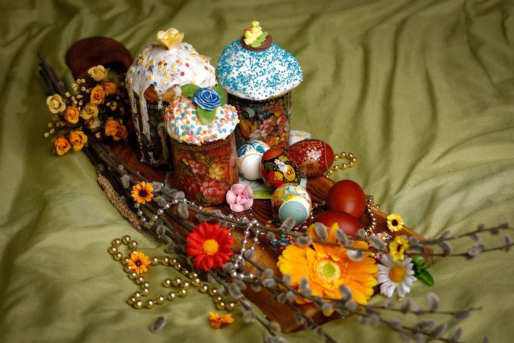 EyeEm Selects WeekOnEyeEm Easter Easter Eggs Flower Luxury Textile Precious Gem Multi Colored Close-up Pastry