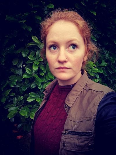 Portrait Front View Headshot One Person Young Women Freckle Nature Outdoors Redhead Greenery Taking Photos Leaf Colours Capture The Moment Lesbian Lesbian Pride EyeEm Best Shots