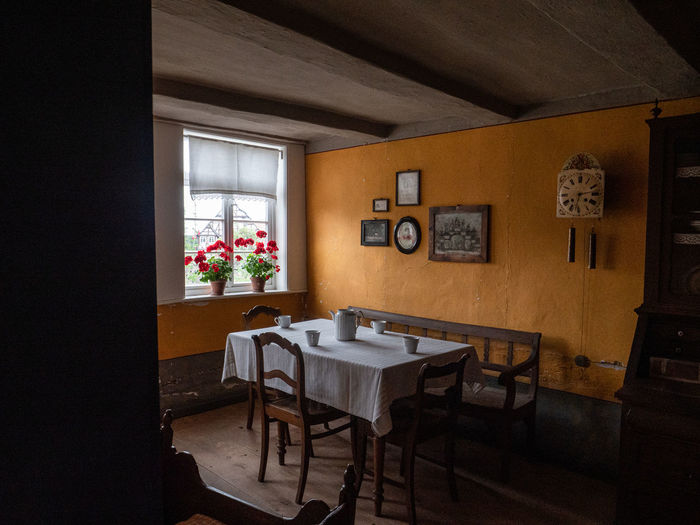 LWL Open Air Museum Detmold Table Seat Chair Indoors  Furniture Window No People Flower Absence Flowering Plant Empty Architecture Plant Wood - Material Vase Arrangement Built Structure Home Interior Dining Table Restaurant Setting