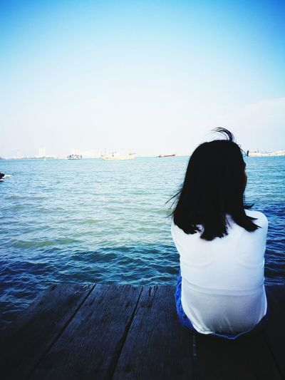Pretty girl with good heart❤ Pretty Girl Enjoy The Moment Penang Clan Jetty Wonderful Places Wonderful Day Love It