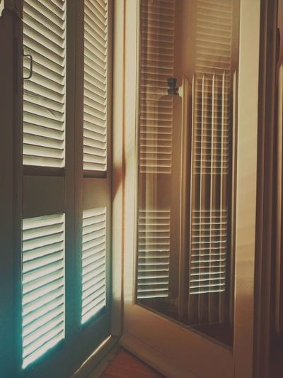 Blinds Shutter Indoors  Window Home Interior No People Domestic Room Architecture Wood - Material From My Point Of View Mobile Photography Sony Xperia XperiaM5 Sony Mobile Getting Inspired Autumn Day Geometric Shape Radiator Reflection Reflection In The Window