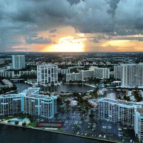 #sunset #miami #miamibeach #clouds #colours #sky #florida #travel #vacation #evening #photooftheday #picoftheday #usa #america #pureglamtv #pureglam #follow #fortlauderdale #hollywood #hallandale #diplomat #hotel #resort #starwood #spg #beautiful #scenic Vacation Hallandale Hotel Fortlauderdale Colours Miamibeach USA Diplomat Florida Miami Hollywood Photooftheday Clouds Resort Sun Picoftheday Sunset Scenic Beautiful Follow Evening Pureglamtv Sky Pureglam Travel Spg America Starwood