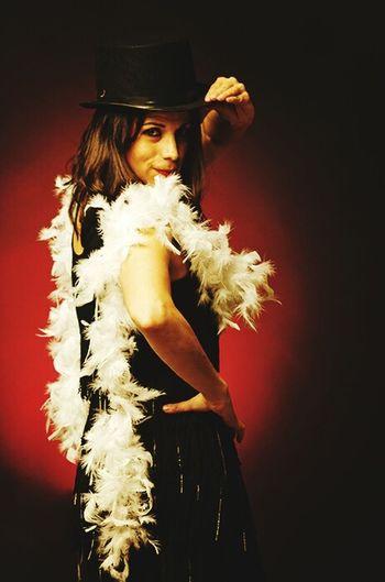 Cabaret Young Women Studio Shot Portrait Beautiful Woman Feather  Close-up Circus Acrobat Carnival - Celebration Event