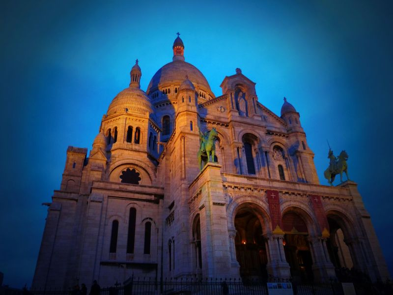 Sacré-Cœur De Montmartre, Paris. France EyeEmNewHere Neighborhood Map