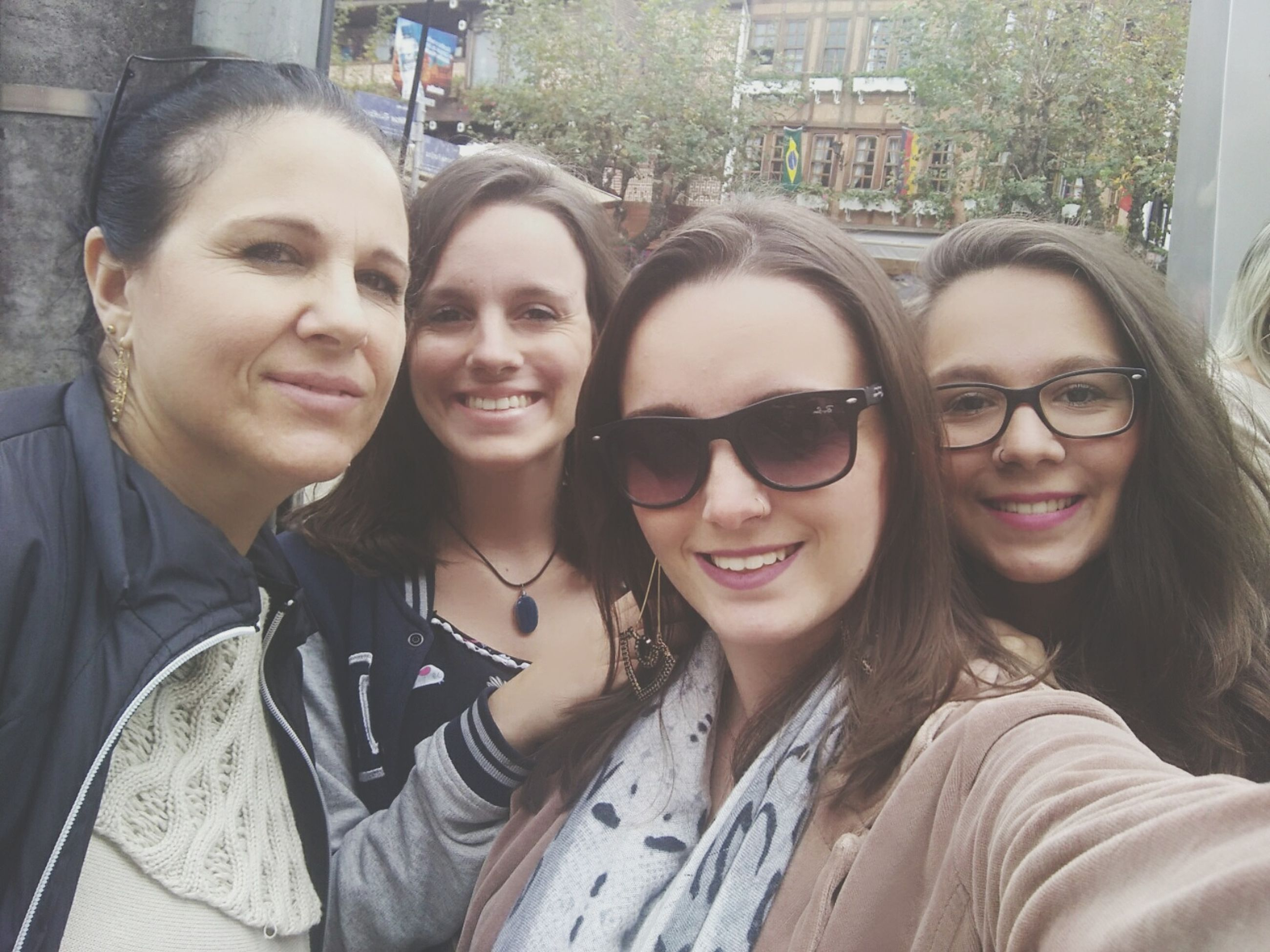 selfie, smiling, portrait, friendship, togetherness, looking at camera, happiness, photography themes, real people, outdoors, day, young adult, people