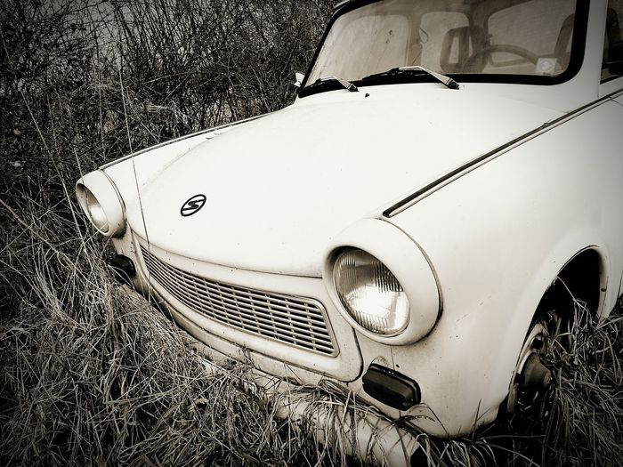 Car Transportation Land Vehicle No People Old-fashioned Day Close-up Outdoors Cold Temperature My Year In View Beliebte Fotos Trabant HuaweiP9 My Year My View Huawei P9 Leica Mode Of Transport Best Shots EyeEm EyeEm Gallery Transportation DDR Time DDR_Auto The City Light