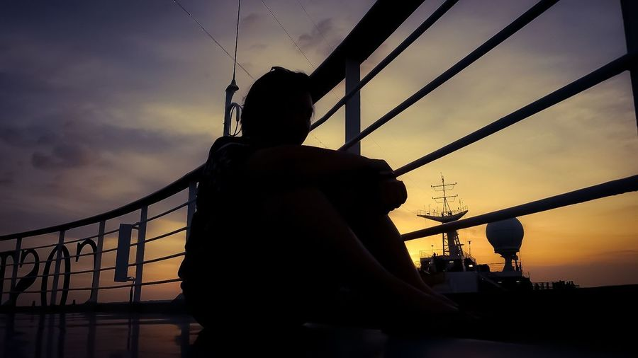 alone On Cruise Cruise Ship Cruise Ship Alone Time Waiting Missing You Missing Views Nice Day Lovely Love ♥ Nice Niceday Goldensky Picture Photography Onboard A Ship Onboard Traveling Travel Photography Travel Snapshots of Life City Sunset Silhouette Dusk Water Sky Cloud - Sky