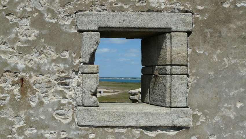 Colored version Window Old Ancient Percho Cote Sauvage Of Quiberon Wild Side Coastline Presqu Ile History Wall And Open Window Window Frame Cote Sauvage. Premium Collection Côté Sauvage EyeEm Best Shots EyeEm Best Shots - Tourism In Quiberon France