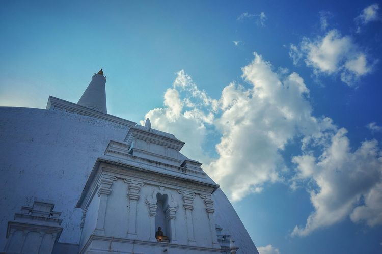 EyeEm Best Shots EyeEm Gallery Sri Lanka Bodhisattva Temple - Building Temple Cloud - Sky Architecture Travel Destinations Sky Blue History Travel Religion Low Angle View Spirituality Built Structure Beauty
