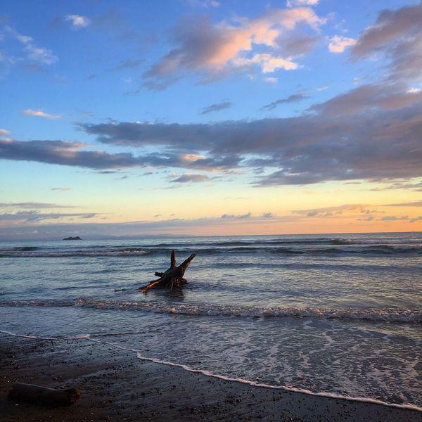 Preciosa vista imposible de olvidar definitivamente. 😌 Lifestyles Photographyislife Chilling Beach Life Beach Ballena Costa Rica Peaceandlove Photography