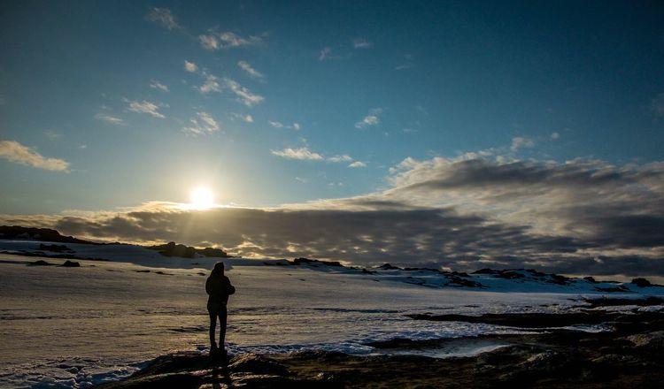 Travel Photography Shadow Sunlight Nosleep  Whitenights Iceland Roadtrip Loutresauvage