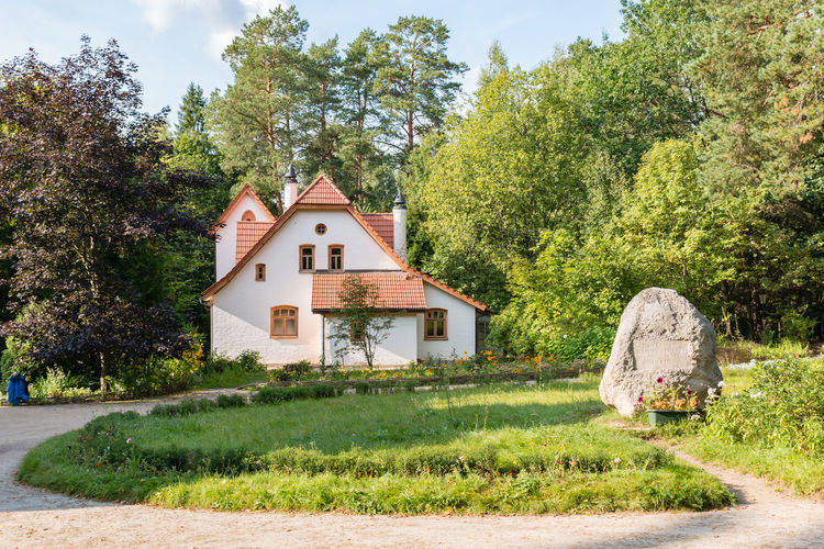 """""""The Abbey"""" at the Polenovo Museum, Russia, Polenovo Abbey Path Rock Russia Russia. Polenovo Tula Oblast Architecture Beauty In Nature Building Exterior Built Structure Day Grass Green Color House Museum Nature No People Outdoors Polenovo Sky Strakhovo Tranquility Tree"""