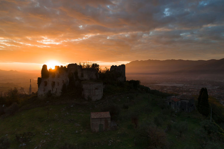 Architecture Castle Sky And Clouds Clouds Hystorical Buildings Hystory Landscape Sunrise