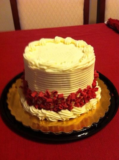 Oh yeah, for dessert, Red Velvet Cake with Cream Cheese icing Nomnombomb ExpensiveWinos MyExoticFriends Yummy♡