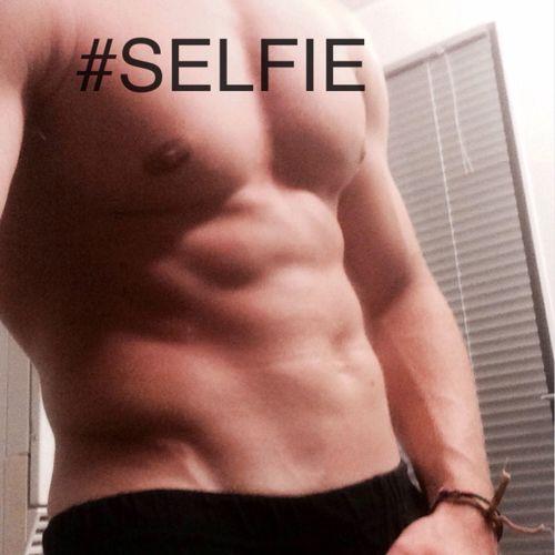 SELFIE ? Model Sculpting A Perfect Body Love That's Me