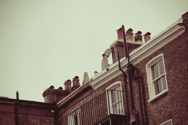 Architectural Feature Architecture Britain Building Exterior Built Structure Chimney City Life Dwelling England Filter Filterphotography Historic History London Roof Tiny Urban Vignette