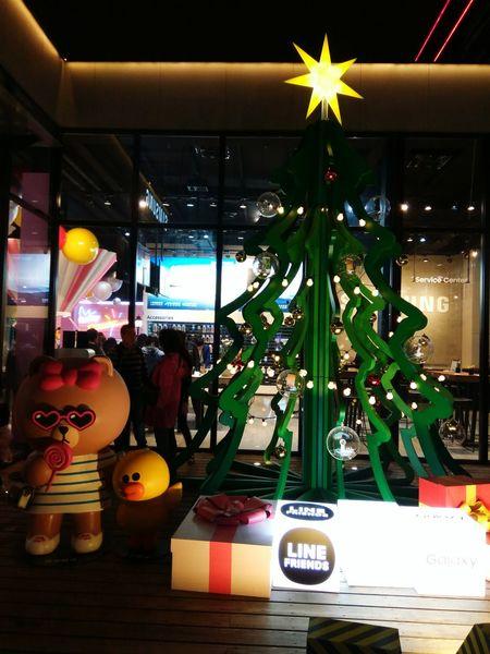 這邊還有喔 3~~ MerryChristmas Merryxmas メリークリスマス クリスマス クリスマス 즐거운성탄절되세요 耶誕夜 聖誕夜 平安夜 耶誕節 聖誕節