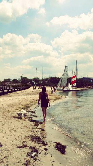 Beach Sea Outdoors First Eyeem Photo Pongo❤ Lotti❤ Freunde Für's Leben Walking On The Beach Livelife