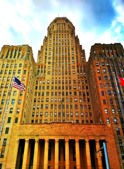 Buffalo City Hall Windows Columns EyeEmNewHere Art Deco Architecture Art Deco Buffalo Buffalo,ny Buffalo, NY City Hall Sky Flag Flags Flags In The Wind  American Flag City Politics And Government Sky Architecture Building Exterior Built Structure Travel Historic Historic Building History Office Building The Architect - 2018 EyeEm Awards